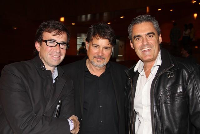 Nuestro compañero Jorge de la Herrán con Daniel Solana y Joseba A. Etxebarria